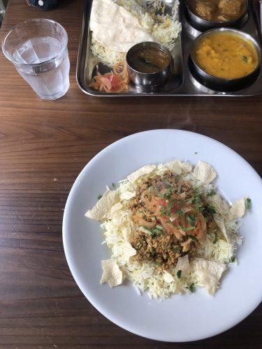 【南インド料理】女性受けする国立のインドカレー「ダバ☆クニタチ」