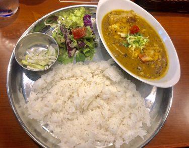 【新宿西口カレー】人気インド料理店「スパイスバザール アチャカナ」
